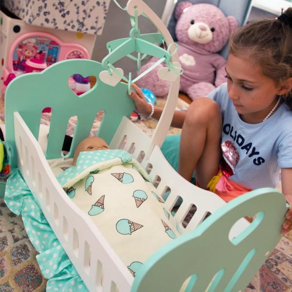 Кроватка Lilu для куклы до 50 см (Baby Born, Annabell) бирюзовая с мобилем